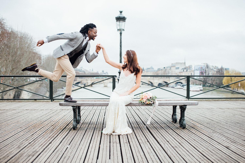 Paris elopement photographer, Hochzeitsfotos in Paris