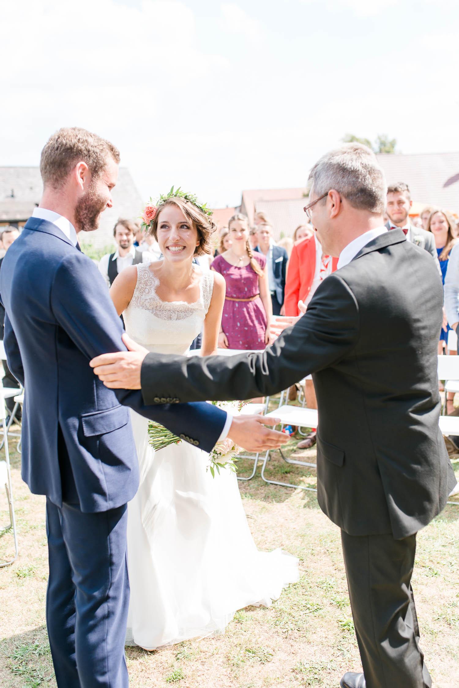 Scheunenhochzeit-Fürth-Vintage-Hochzeit-Nürnberg-Leonie-Cappello037